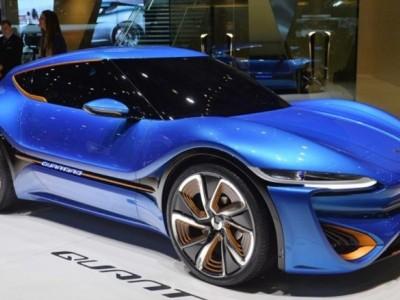 Carro elétrico faz 1000 km em 8h21m com recarga líquida de 10 cent./litro