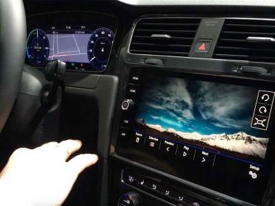 VW democratiza o controlo por gestos nos automóveis